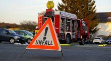 B36: Unfall mit 3 beteiligten Fahrzeugen // Pressemitteilung Nr.1