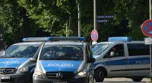 POL-MA: PKW-Fahrer gefährdet Feuerwehrmann nach Brandbekämpfung; Schusswaffengebrauch durch Polizeibeamte, Fahndungslage